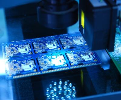 视觉与机器人电路板组装系统